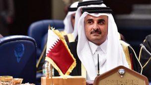 أمير قطر، الشبخ تميم بن حمد آل ثاني يشارك في قمة مجلس التعاون الخليجي في قصر  بيان في الكويت، 5 ديسمبر، 2017. (Giuseppe CACACE / AFP)