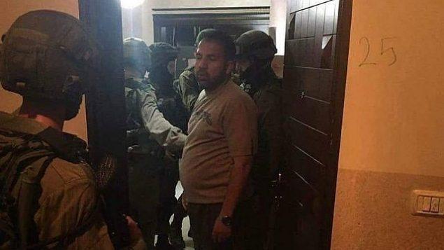 القوات الإسرائيلية تداهم مكاتب تلفزيون 'القدس' في الضفة الغربية في عملية ليلية، 30 يوليو، 2018.  (Al-Quds TV/Facebook)