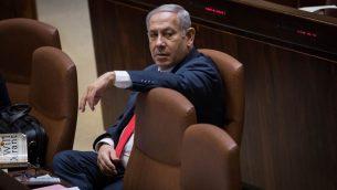 رئيس الوزراء بنيامين نتنياهو خلال جلسة للكنيست قبل التصويت على قانون الدولة اليهودية، 18 يوليو 2018 (Hadas Parush/Flash90)