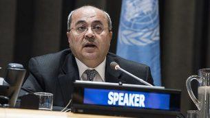 أحمد الطيبي يخاطب اجتماعا خاصا للجنة المعنية بممارسة الشعب الفلسطيني لحقوقه غير القابلة للتصرف في 29 نوفمبر 2017. (UN/Kim Haughton)