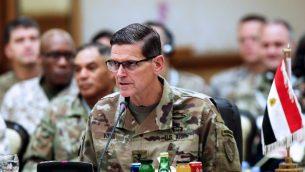 قائد القيادة المركزية الأميركية جوزف فوتيل خلال قمة عسكرية في الكويت تجمع بين القادة العسكريين لجيوش دول الخليج، 12 سبتمبر 2018 (YASSER AL-ZAYYAT / AFP)