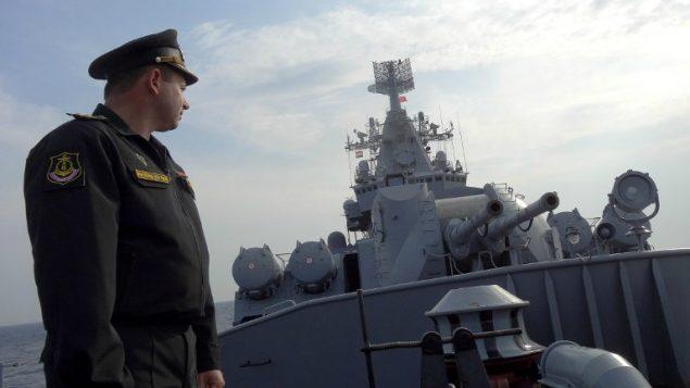 صورة توضيحية: سفينة حربية روسية في البحر الابيض المتوسط، بالقرب من الساحل السوري، 17 ديسمبر 2015 (Max Delany/AFP)
