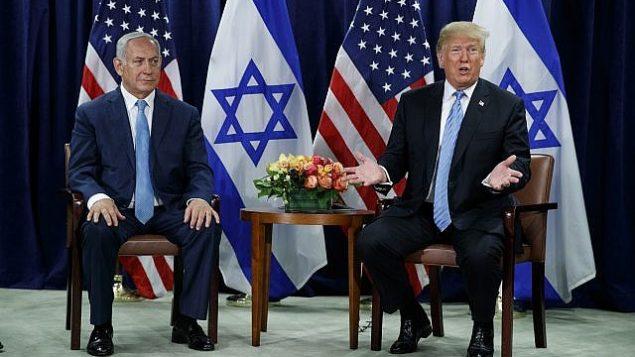 الرئيس الامريكي دونالد ترامب يلتقي برئيس الوزراء بنيامين نتنياهو على هامش الجمعية العامة للامم المتحدة في نيويورك، 26 سبتمبر 2018.  (AP Photo/Evan Vucci)