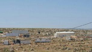 توضيحية: صورة تُظهِر بناء موقع جديد في الضفة الغربية متاخم لمستوطنة آدم، شرق رام الله في 19 أبريل 2017. (Peace Now، compesy)