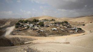 القرية البدوية الخان الأحمر في الضفة الغربية، 21 أكتوبر 2018 (AP Photo/Majdi Mohammed)