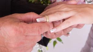 صورة توضيحية لزفاف. (JTA)