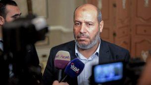 عضو المكتب السياسي لحركة حماس، خليل الحية، في العاصمة المصرية القاهرة في 22 نوفمبر، 2017. (AFP PHOTO / MOHAMED EL-SHAHED)