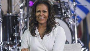 """في 11 أكتوبر 2018، تشارك ميشيل أوباما في اليوم الدولي للفتاة على برنامج """"اليوم"""" في نيويورك. (Charles Sykes/Invision/AP)"""