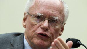 جيمس جيفري يتحدث خلال جلسة حول إيران للجنة الشؤون الخراجية في الكونغرس، واشنطن، 11 اكتوبر 2017 (AP Photo/Jose Luis Magana)