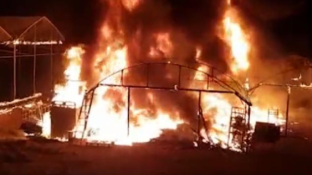 دفيئة تم إضرام النار فيها أثناء عمليات البحث عن متسلل من غزة في 9 نوفمبر 2018 (Screencapture)