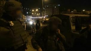 قوى الأمن الإسرائيلية تعتقل عددا من نشطاء 'حماس' في الضفة الغربية للاشتباه بتخطيطهم لتنفيذ هجمات على أهداف إسرائيلية في 23 سبتمبر، 2018. (Screen capture: Shin Bet security service)
