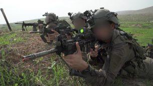 جنود في كتيبة القوات الخاصة في الجيش الإسرائيلي يجرون تدريبات على الحرب مع حزب الله في شمال اسرائيل، نوفمبر 2018 (Israel Defense Forces)
