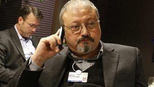الصحافي السعودي جمال خاشقجي في'منتدى الاقتصاد العالمي' في دافوس السويسرية، 29 يناير، 2011. (AP Photo/Virginia Mayo, File)