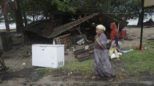 منزل محطم نتيجة تسونامي في كاريتا، اندونيسيا، 23 ديسمبر 2018 (AP Photo/Dian Triyuli Handoko)