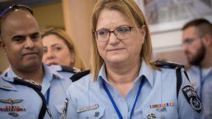 مديرة قسم الموارد البشرية في الشرطة الإسرائيلية، نائبة المفوض غيلا غازئيل في الكنيست، 5 فبراير 2018 (Miriam Alster/FLASH90)