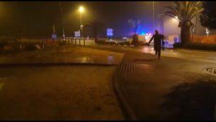 صورة شاشة من فيديو يظهر هجوم اطلاق النار في مفرق عوفرا بالضفة الغربية، 20 ديسمبر 2018 (Facebook)