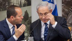 رئيس الوزراء بنيامين نتنياهو ورئيس بلدية القدس نير بركات في القدس، 28 مايو 2014 (Emil Salman/POOL/Flash90)