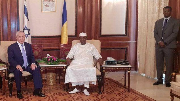 رئييس الوزراء بنيامين نتنياهو والرئيس التشادي ادريس ديبي في القصر الرئاسي في نجامينا، 20 يناير 2019 (Government Press Office)