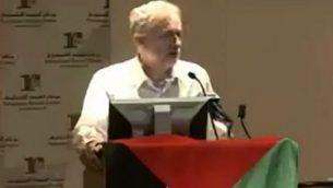 زعيم حزب العمل البريطاني جيريمي كوربين يتحدث في مؤتمر في عام 2011. (لقطة شاشة: تويتر)