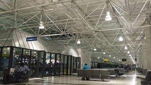 صالة المغادرين في ترمينال 2 في مطار أديس أبابا بول الدولي، إثيوبيا في 10 يونيو، 2016. (CC BY-SA Wikimedia Commons/Trinidade)