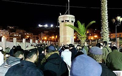اسرائيليون يحتجون في الخليل على قتل أوري انسباخر، 9 فبراير 2019 (Courtesy: Elimelech Karzan)