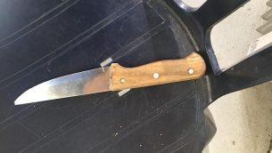 سكين حمله فلسطيني حاول الدخول إلى موقع الحرم الإبراهيمي في مدينة الخليل بالضفة الغربية، 3 فبراير / شباط 2019 (الشرطة الإسرائيلية)
