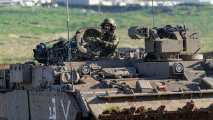 في صورة نشرها الجيش الإسرائيلي في 14 فبراير 2019، شوهد الجنود خلال تمرين عسكري في وادي الأردن. (القوات الإسرائيلية)