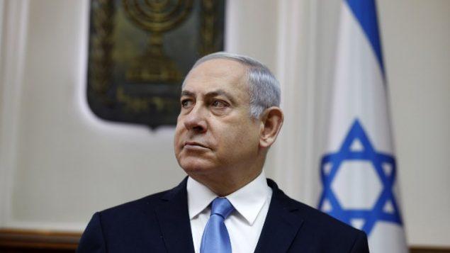 رئيس الوزراء بنيامين نتنياهو خلال جلسة الحكومة الاسبوعية في مكتبه في القدس، 10 مارس 2019 (GALI TIBBON/AFP)