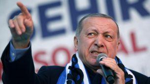 الرئيس التركي رجب طيب إردوغان خلال خطاب في اسطنبول، 5 مارس 2019 (Lefteris Pitarakis/AP)