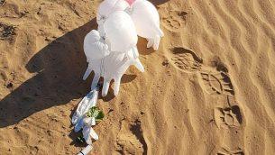 جسم مشبوه، تم ربطه ببالونات، تم العثور عليه في المجلس الإقليمي إشكول، 11 مارس، 2019. (Eshkol Regional Council security)