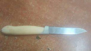 سكين تم العثور عليه بحوزة فتاة من الخليل في الحرم الإبراهيمي، 17 مارس، 2019. (شرطة إسرائيل)