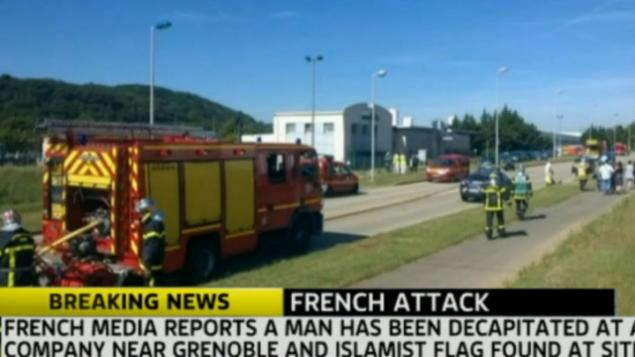 مشهد للهجوم المعاد للسامية في غرونوبل، فرنسا، 26 يونيو 2015 (لقطة شاشة Sky News)