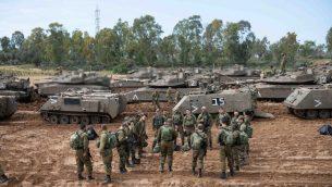 جنود اسرائيليون بالقرب من حدود غزة، 26 مارس 2019 (Israel Defense Forces)