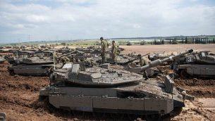 قوات إسرائيلية تتخذ مواقعها بالقرب من حدود غزة، 26 مارس، 2019.  (Israel Defense Forces)