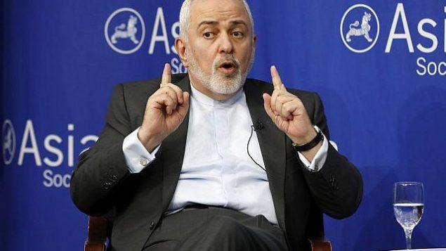 وزير الخارجية الإيراني محمد جواد ظريف يتحدث في جمعية آسيا في نيويورك، 24 أبريل 2019. (AP Photo / Richard Drew)