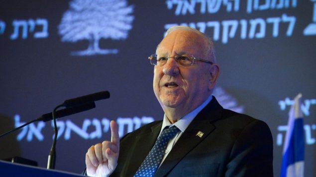 الرئيس رؤوفن ريفلين يتحدث خلال مؤتمر ينظمه معهد اسرائيل للديمقراطية في تل ابيب، 14 مارس 2019 (Yossi Zeliger)