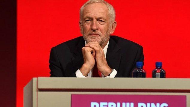 قائد حزب العمال البريطاني المعارض، جيرمي كوربين،  خلال مؤتمر الحزب في ليفربول، 23 سبتمبر 2018 (AFP PHOTO / Paul ELLIS)