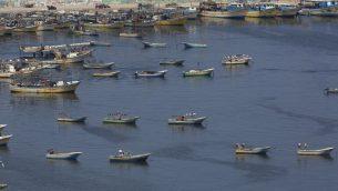 قوارب صيد اسماك في ميناء غزة، 13 يونيو 2019 (AP/Hatem Moussa)