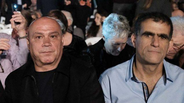 اعضاء حزب ميريتس عيساوي فريج وموسي راز خلال مراسم يوم ذكرى في تل ابيب، 17 ابريل 2018 (Tomer Neuberg/Flash90)