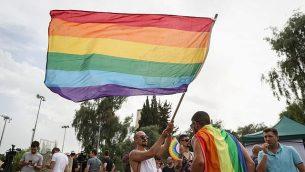 مشاركون في مسيرة الفخر المثلية السنوي في القدس، 6 يونيو، 2019. (Yonatan Sindel/Flash90)