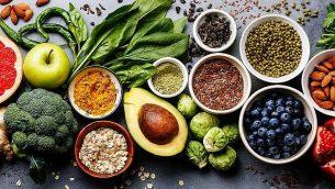 صورة توضيحية للطعام. (Lisovskaya; iStock by Getty Images)