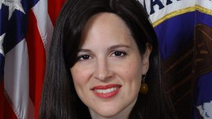 آن نيوبرغر، اليهودية المتشددة، التي تم اختيارها مؤخرا لقيادة ميديرية امن السايبر الجديدة في وكالة الامن القومي الامريكية (National Security Agency via JTA)