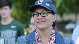عضوة الكونغرس الأمريكي عن الدائرة ال13 في ميشيغن، رشيدة طليب تشاركة في 'يوم السبت في الحديقة مع طليب'، 16 أغسطس، 2019 في باليستر بارك بمدينة ديترويت، ميشيغن.   (JEFF KOWALSKY/AFP)