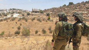 القوات الإسرائيلية تجري عمليات بحث ي منطقة بيت لحم بعد العثور على جثة طالب بالقرب في كتلة عتصيون الإستيطانية، 8 أغسطس، 2019. (Israel Defense Forces)