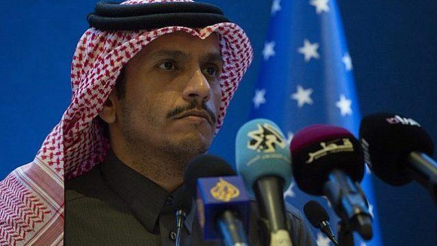وزير الخارجية القطري الشيخ محمد بن عبد الرحمن آل ثاني في مؤتمر صحفي مشترك مع نظيره الأمريكي مايك بومبيو في الدوحة، قطر، 13 يناير، 2019.  (Andrew Caballero-Reynolds/Pool via AP)