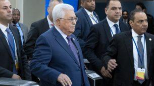 رئيس السلطة الفلسطينية محمود عباس يصل المؤتمر السنوي للجمعية العامة للأمم المتحدة في مقر المنظمة في نيويورك، 24 سبتمبر، 2019 (Craig Ruttle/AP)