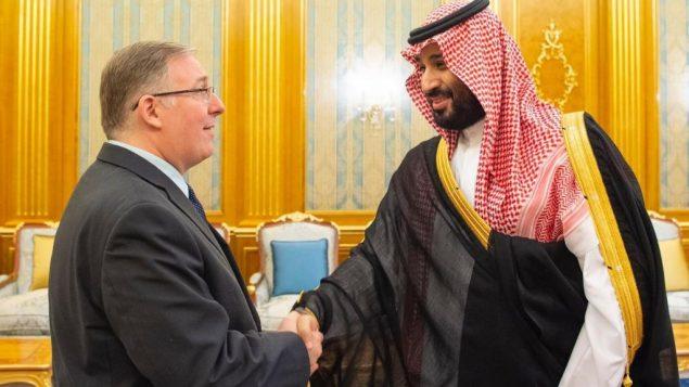 جويل روزنبيرغ خلال لقاء مع ولي العهد السعودي محمد بن سلمان في القصر الملكي في جدة، 10 سبتمبر 2019 (courtesy Saudi Embassy in Washington)