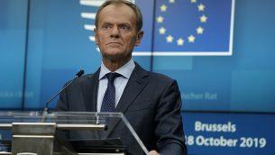 رئيس المجلس الاوروبي دونالد توسك في مؤتمر صحفي خلال قمة الاتحاد الأوروبي في مقر الاتحاد الأوروبي في بروكسل، 17 اكتوبر 2019 (KENZO TRIBOUILLARD / AFP)