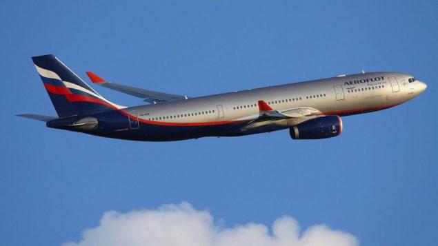 طائرة ايروفلوت إيرباص A330-200 وهي تغادر مطار شيريميتيفو بموسكو، 17 يونيو 2011 (CC BY-SA Wikimedia commons)