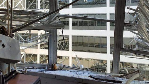 مختبر في معهد التخنيون بعد وقوع انفجار فيه في 13 أكتوبر، 2019. (Luke Tress/Times of Israel)